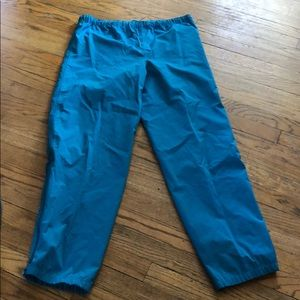 Helly Hansen pants size small has string woman's